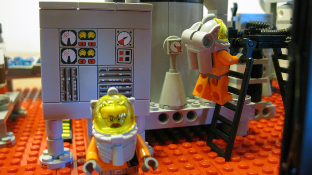 "An adorable Lego recreation of the ""Breaking Bad"" meth lab."