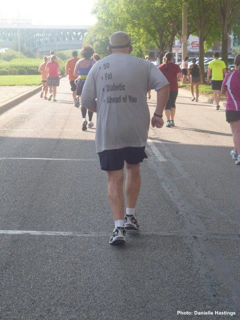 How to shame everyone behind you during a marathon.
