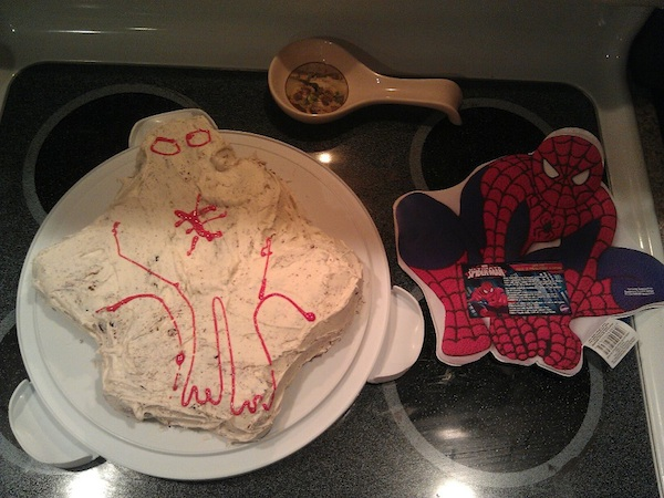 The most pathetic attempt ever at making a Spider-Man birthday cake.