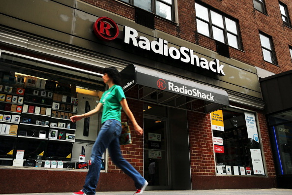 "A Radio Shack customer got punched in the face by an employee for ""being sarcastic."" Oh, I'm so sure!"