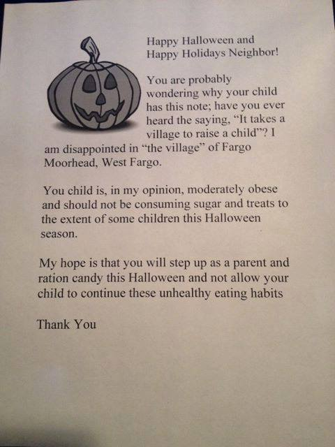 Woman refuses to give Halloween candy to kids she thinks are too fat. Instead, she's giving them this letter addressed to their parents.